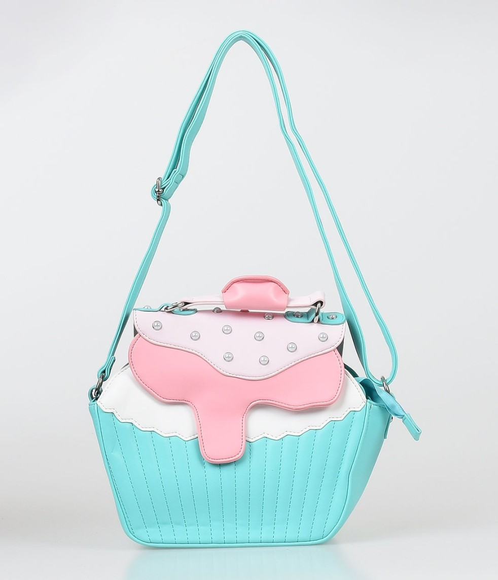 Pastel Carousel | Monday Must Haves | Novelty Bags | Cupcake Bag