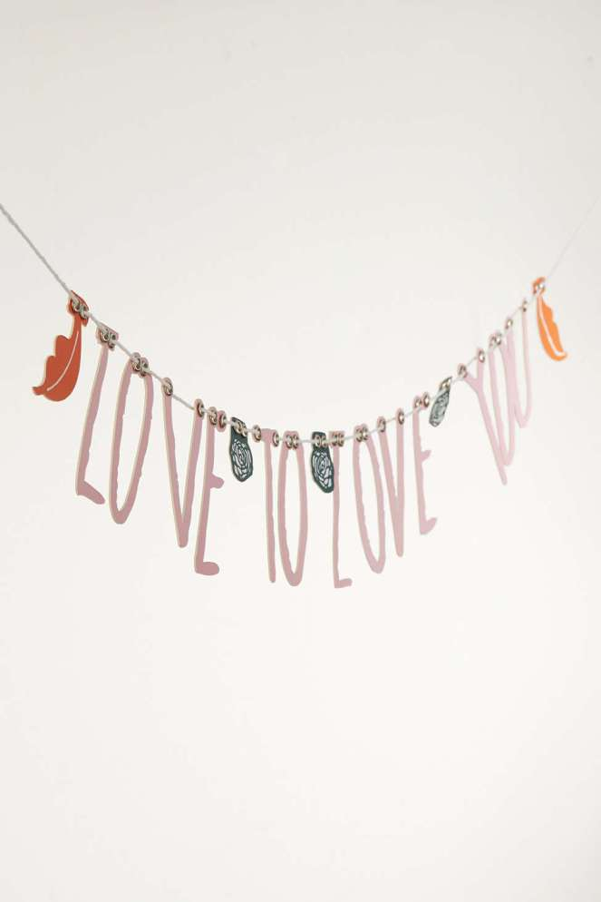 Pastel Carousel | Monday Must Haves | Valentine's Day Decor | Urban Outfitters