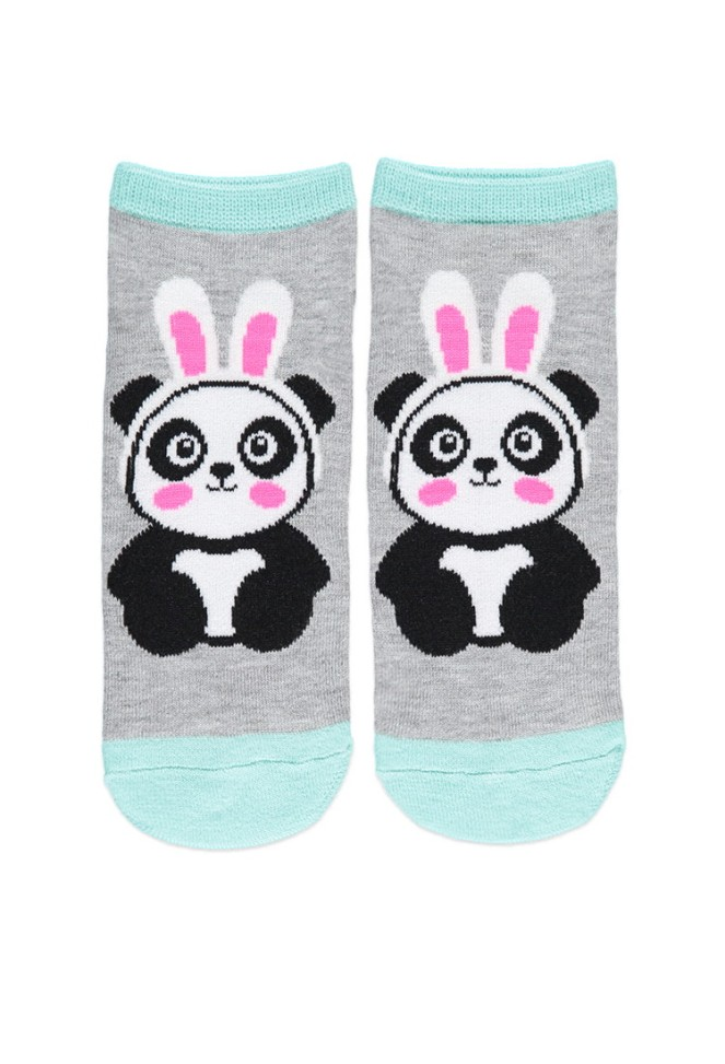 Pastel Carousel | Monday Must Haves | Easter Bunny | Forever 21 | Panda Dressed as Bunny Socks