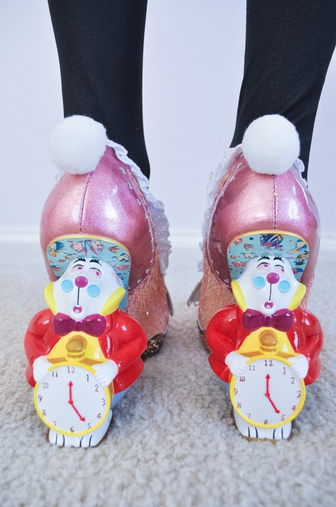 Pastel Carousel | Easter Style OOTD | Alice in Wonderland | The White Rabbit | Irregular Choice