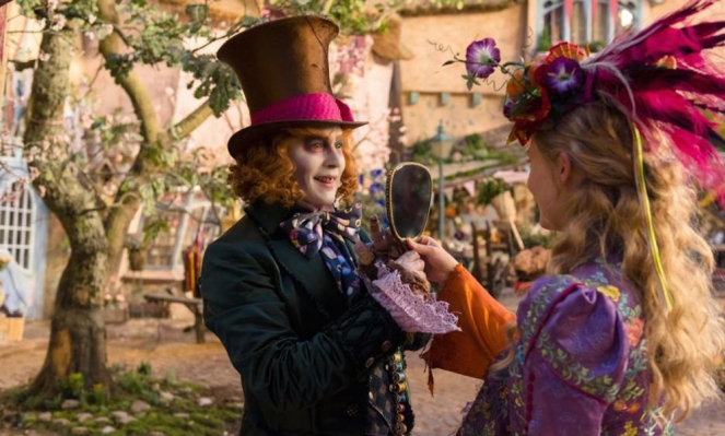 Pastel Carousel | Movie Review | Alice Through The Looking Glass | Mia Wasikowska as Alice | Johnny Depp as The Mad Hatter